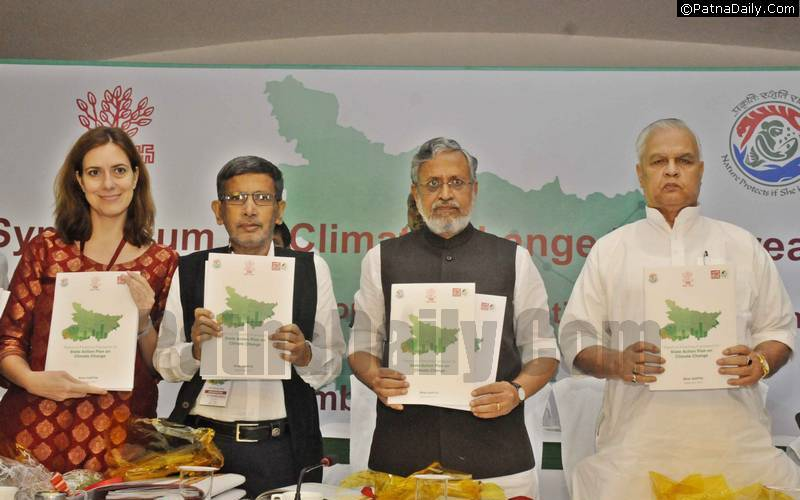 Symposium on 'Climate Change Mainstreaming in Bihar' in Patna on Tuesday.