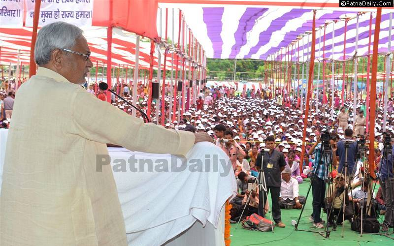 Chief Minister Nitish Kumar making case for prohibition in Muzaffarpur last May.