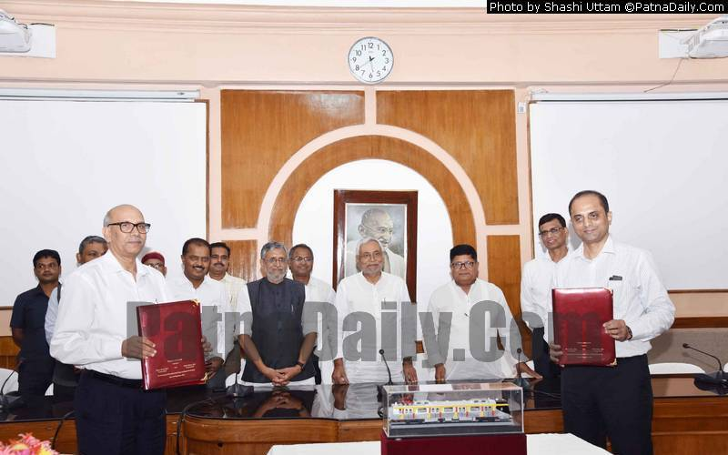 Nitish Kumar at the signing of Metro Railway MoU between Patna and Delhi on Wednesday.