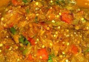 Mirchi Gosht - Meat in Dollar Sauce