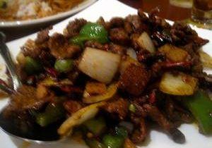 Stir-Fried Lamb w/ Pearl Onion & Pepper