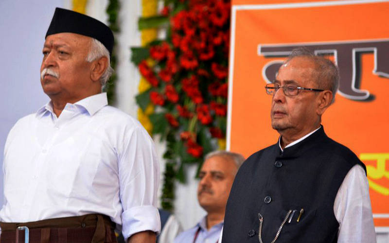 Pranab Mukherjee and RSS chief Mohan Bhagwat.